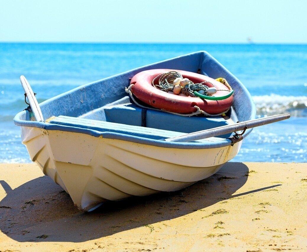 расскажем фото картинок лодок спешите торопитесь брать