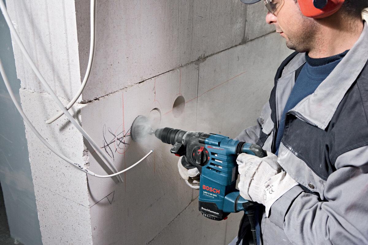 как правильно штробить стену под проводку