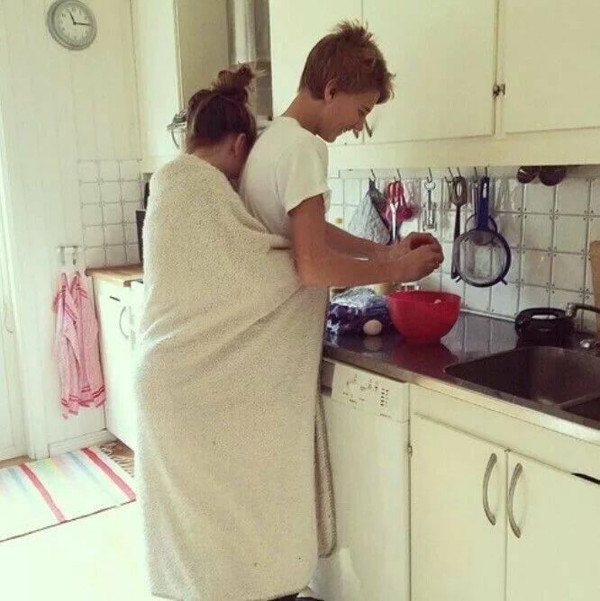 а жена с утра на кухне - 8
