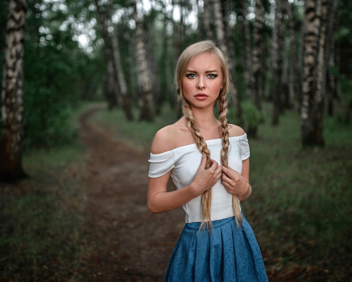 русски красивая девушка видеоролик
