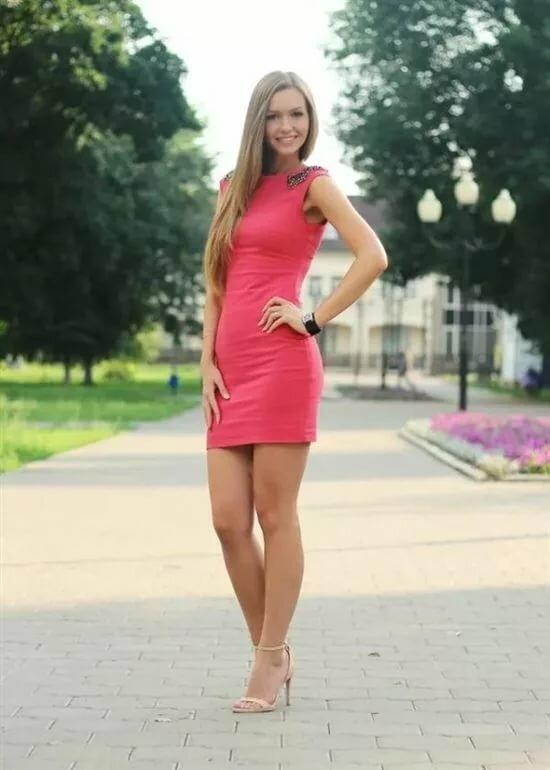 Русские в коротких платьях фото