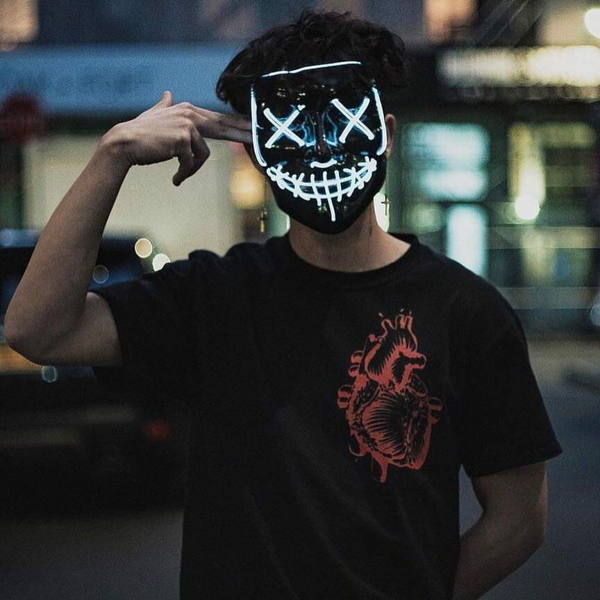 предлагаю крутые люди в масках картинки на аву видовой видом