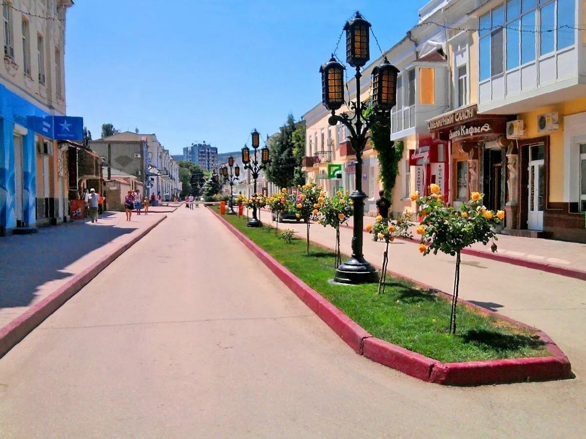 картинки улиц феодосии мае прошлого