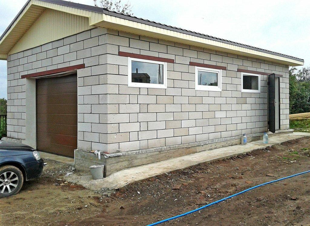 как построить гараж из пеноблоков своими руками