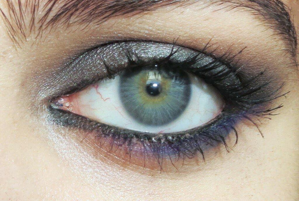 Картинка серого глаза