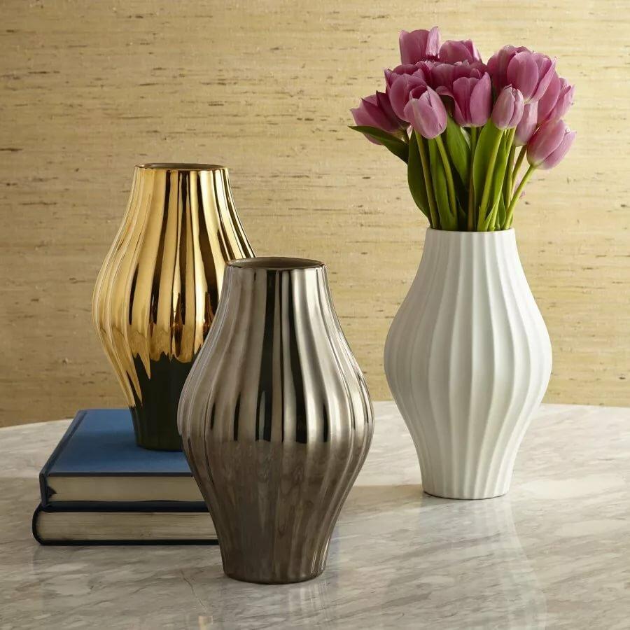 разные картинки с вазами самки отличаются друг