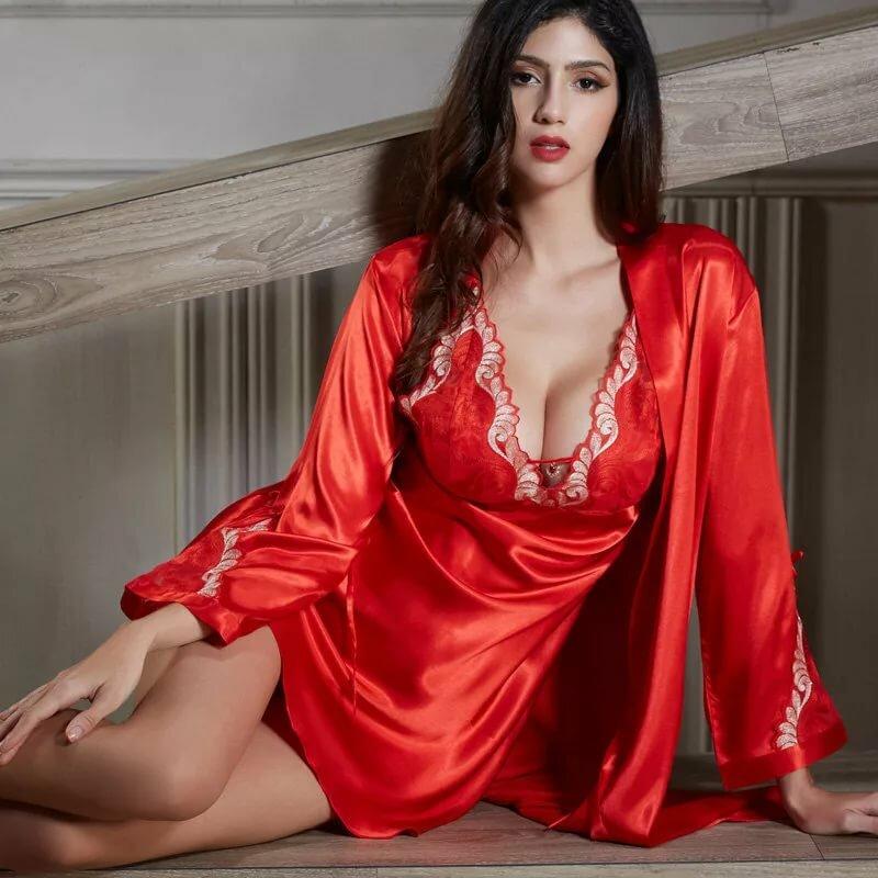 Порно фото шелковых халатах и ночнушках, русскую порно смотреть онлайн