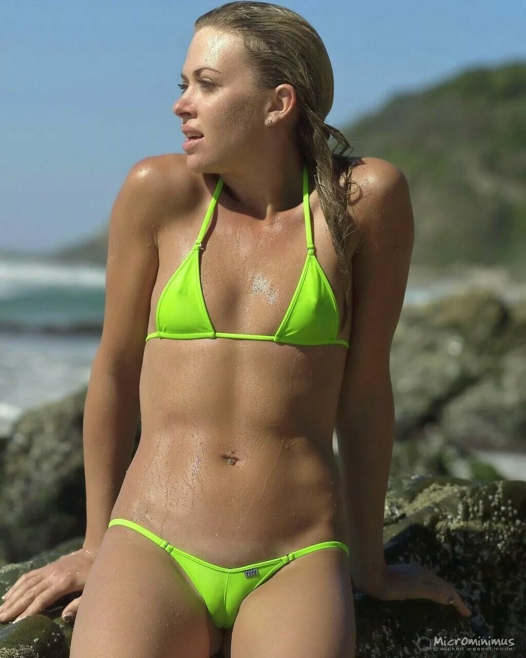 Bondi lifeguard whippet rescues a topless woman