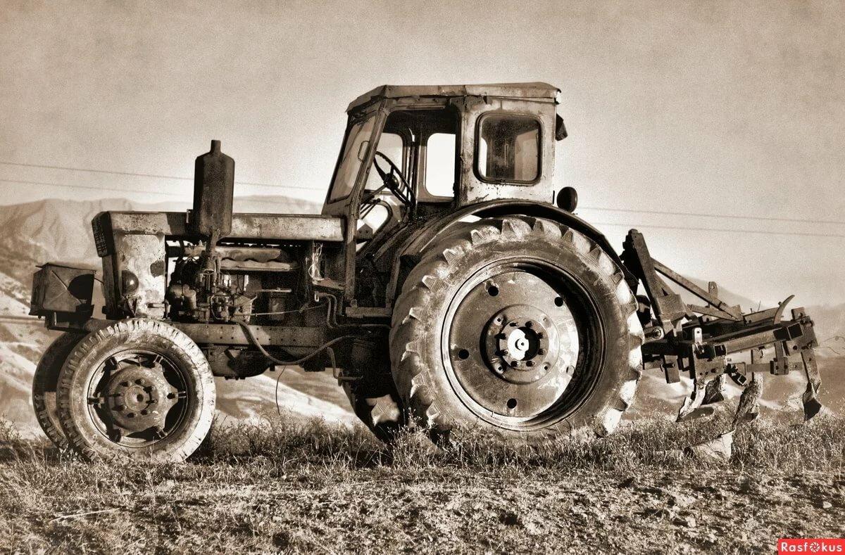 картинки всех тракторов ссср ранних