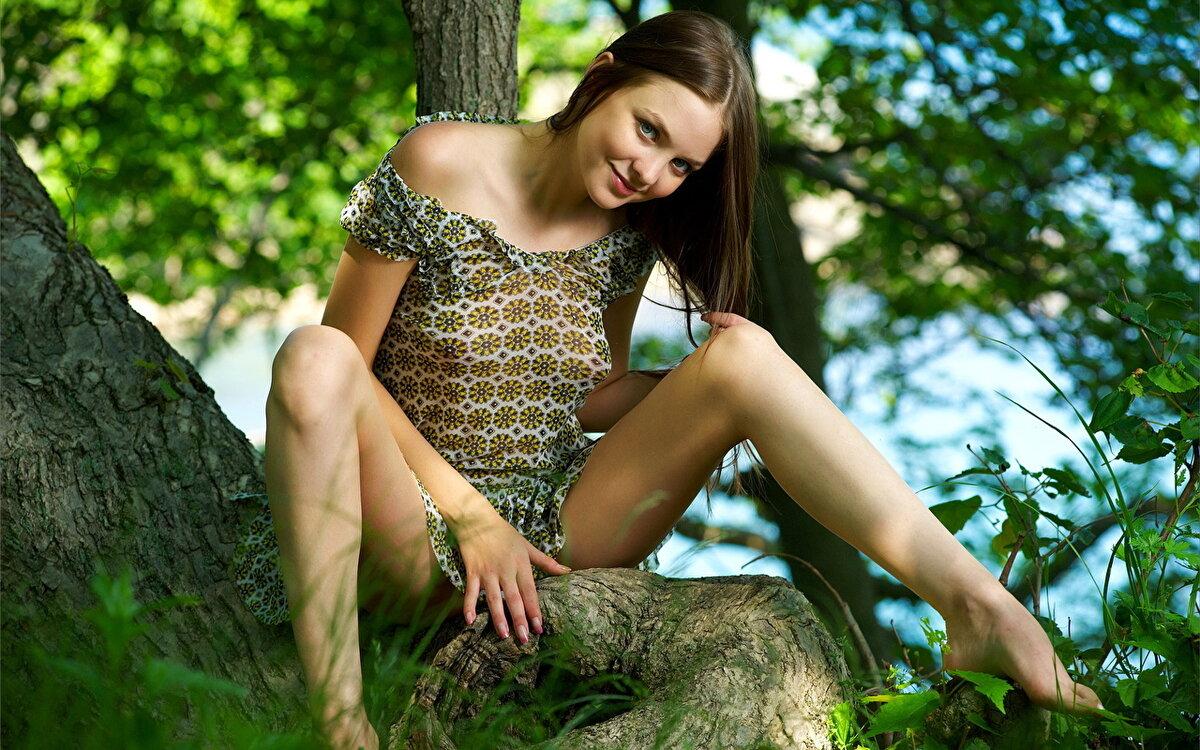 Naked girls erotic outside, amateur porn milf