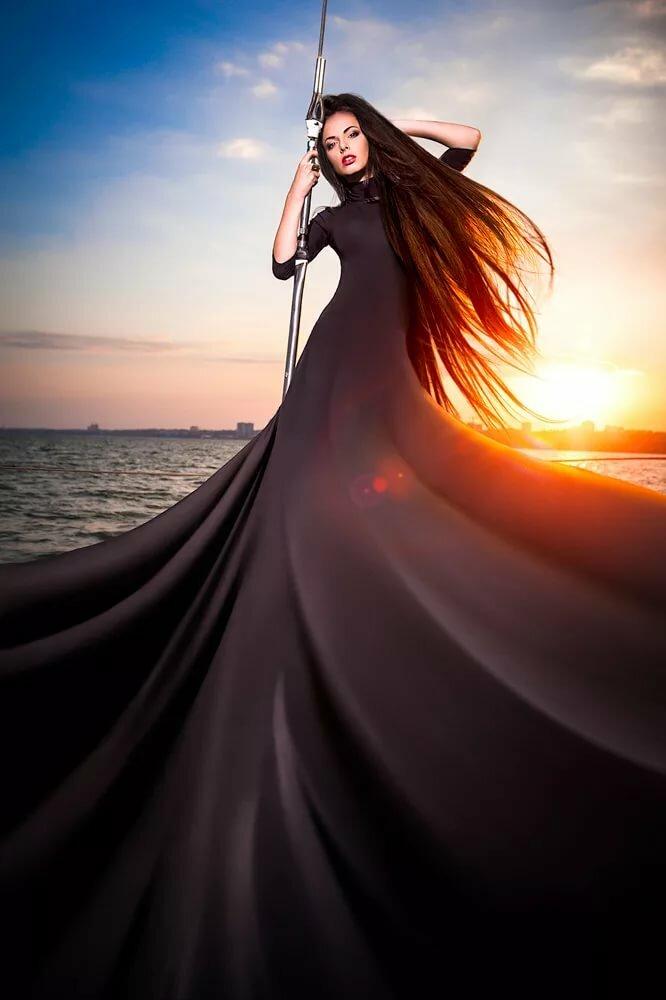 Картинки девушек с платьями длинными волосами