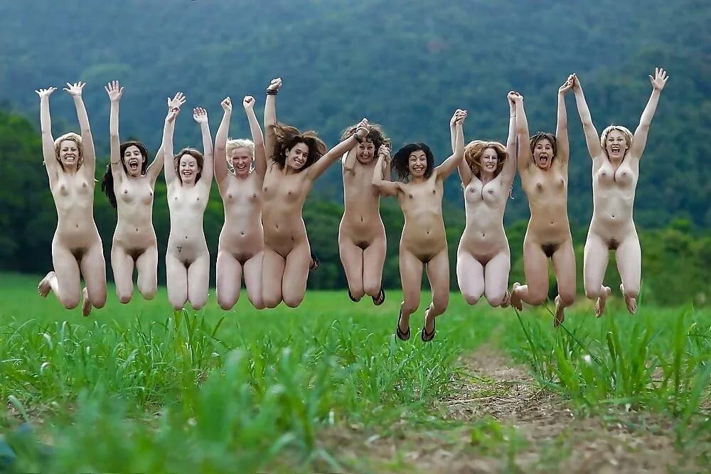 голые прикольно девушки результате