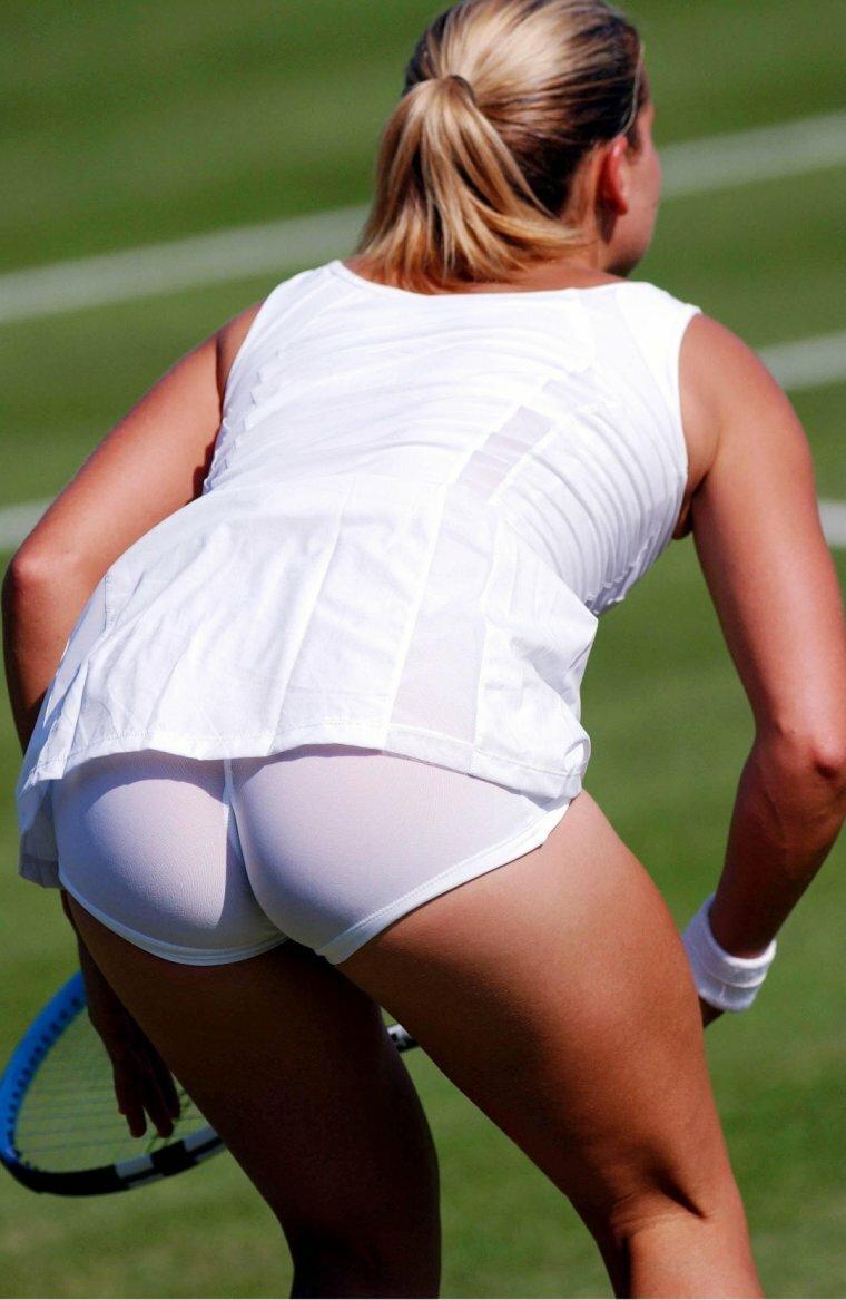 Фото теннисисток вид снизу