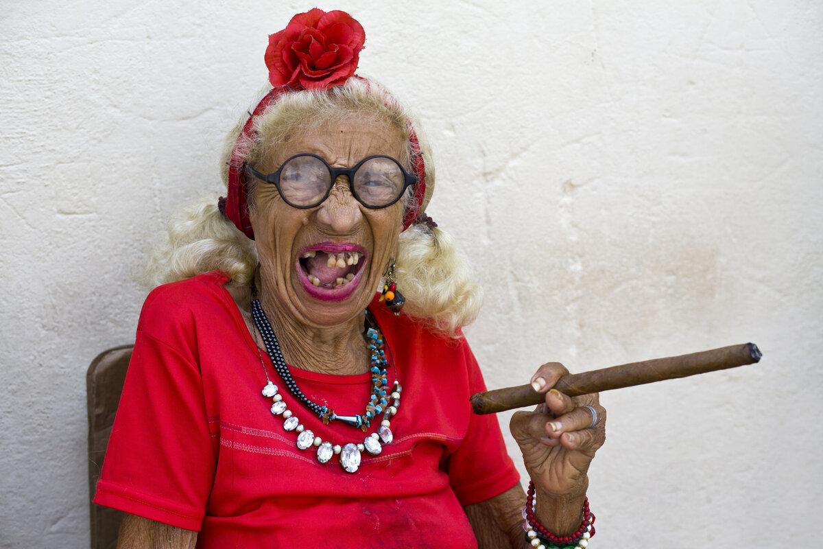 Картинки смешные бабулек
