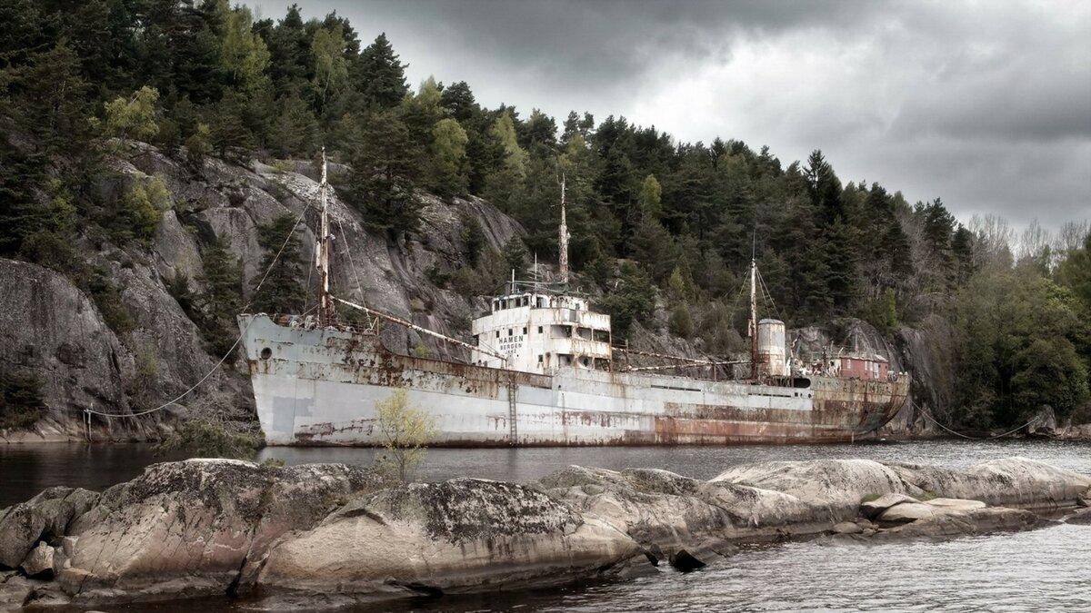 памятник фото корабль в скале соединения всех деталей
