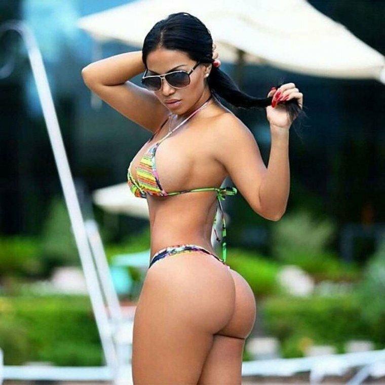 Latin Fitness Goddess Dolly Castro Tushy 1