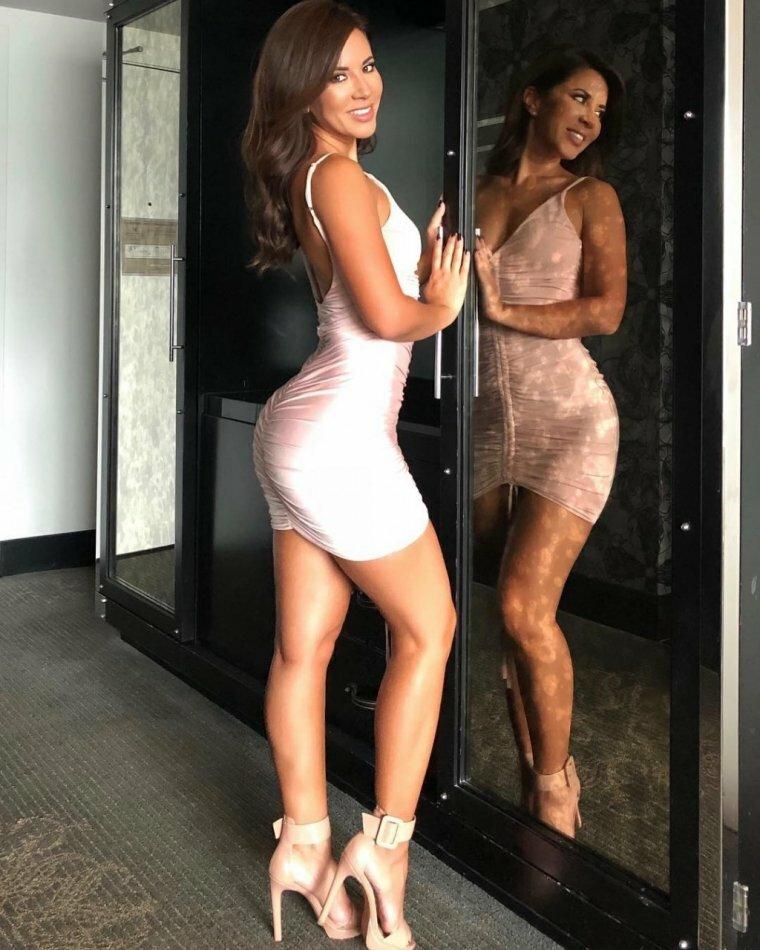 Фигура девушки в платьях в обтяжку порно видео, сочная пизда приняла хуй