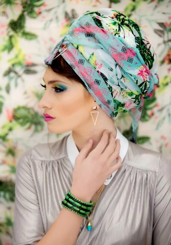 Повязать платок на голову красиво фото