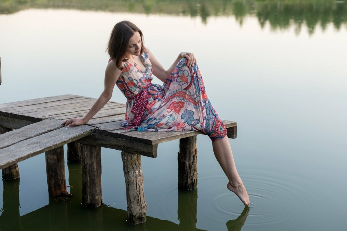 Девчонки на озере фото зрелая