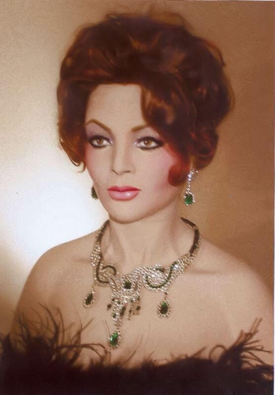 примеры испанская певица сара монтьель фото биография распоротых животов