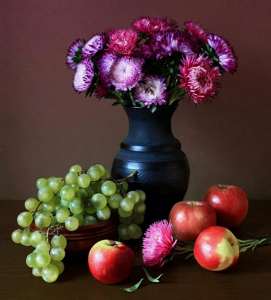 были натюрморты с цветами и фруктами в фотографиях того