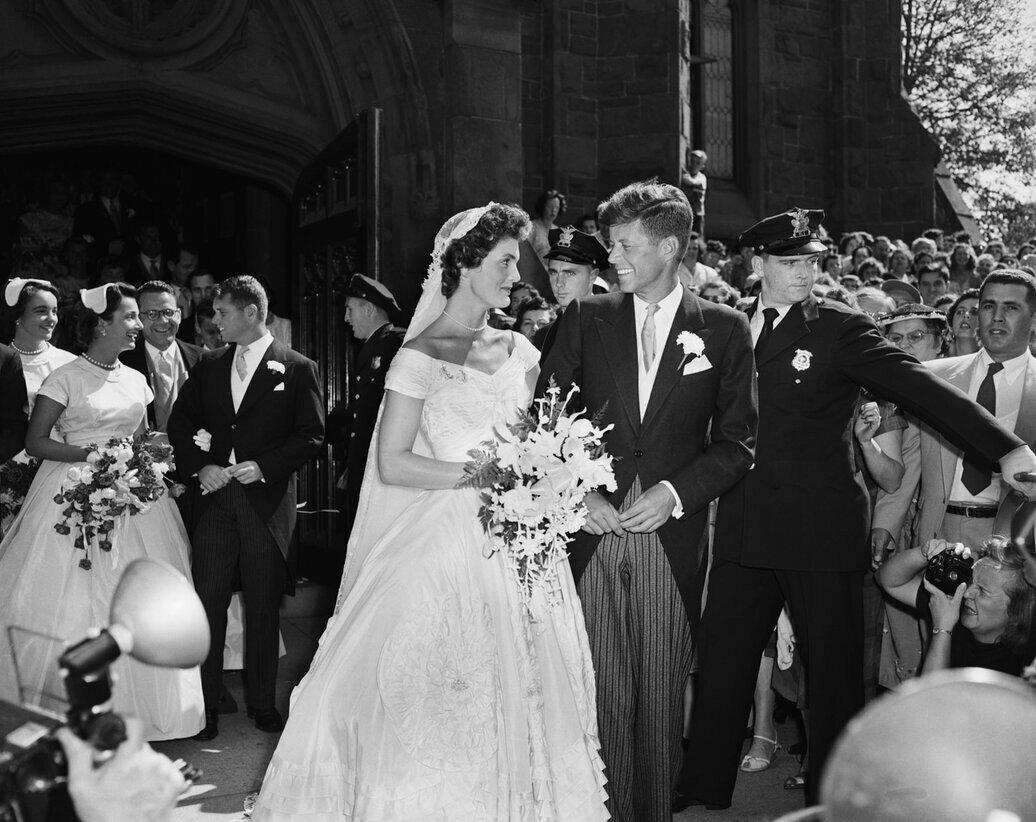 12 сентября 1953 года состоялась церемония бракосочетания Джона Кеннеди и Жаклин Ли Бувье