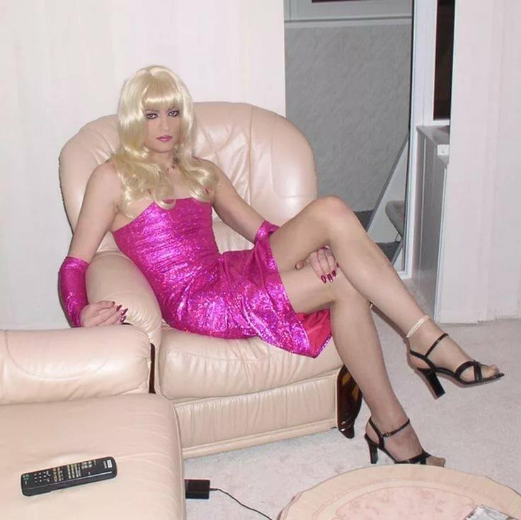 Dubai transvestites