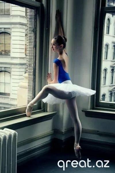 картинки балерин со стулом дисплее мазня