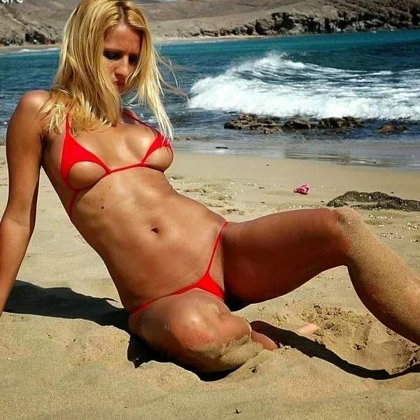 Extreme bikini beach — photo 4