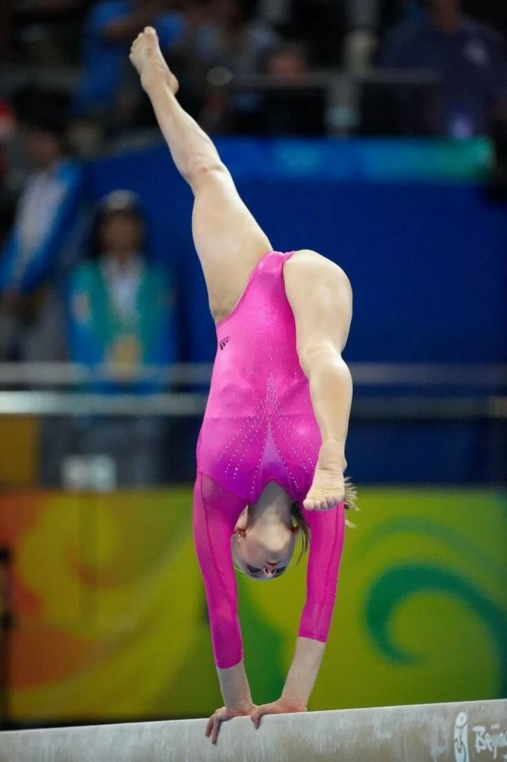 Closeup gymnastic photo galleries — pic 5