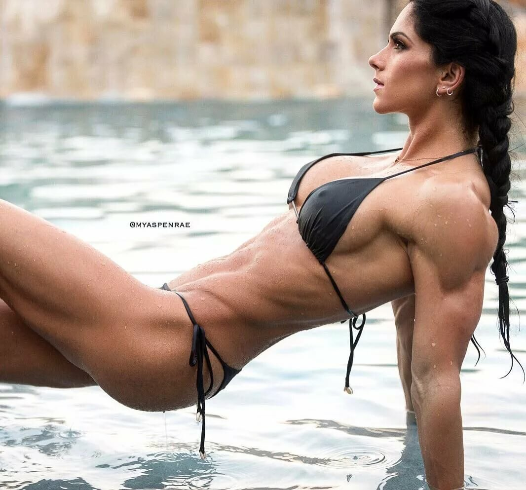 Female fitness models candid full lenght
