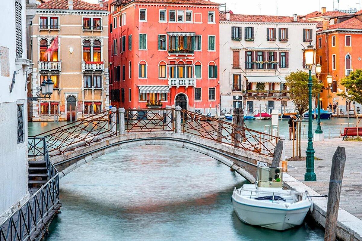картинки на рабочий стол компьютера вода мостик ночь венеция домик
