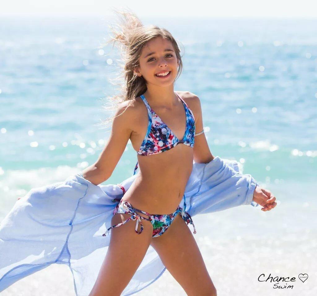 tiny-girls-naturist-teen