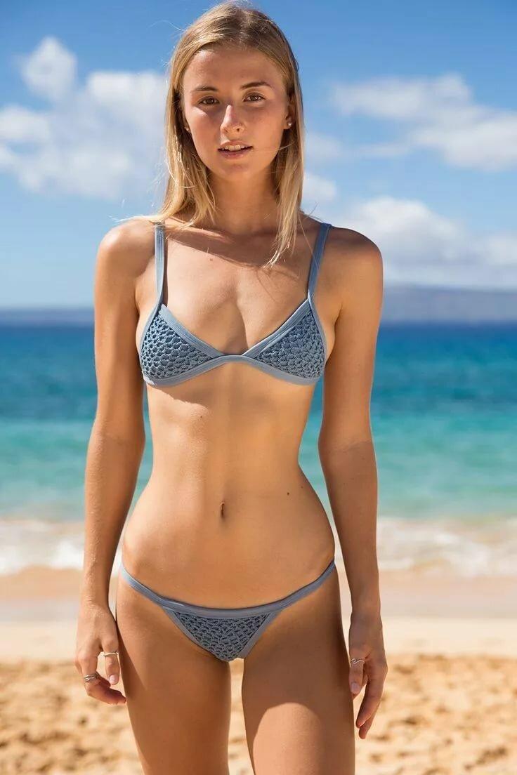 Grown nudist girl model 1