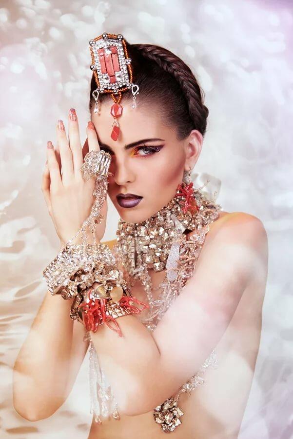 Oriental glamour girls #13