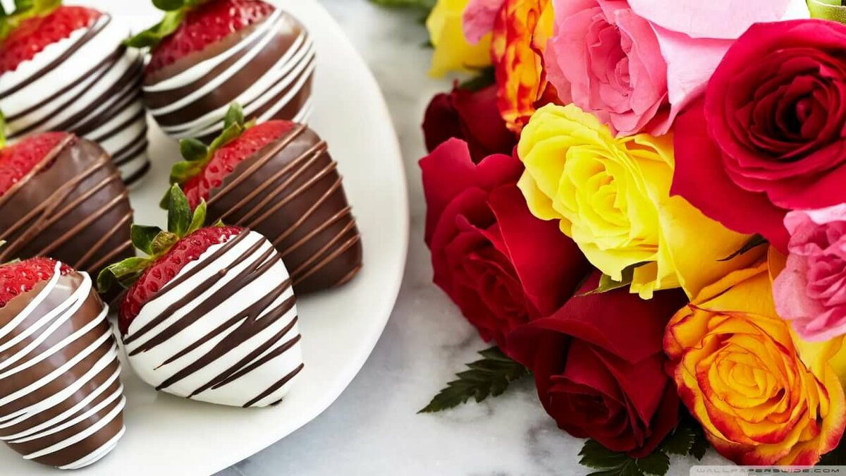 Открытки с днем рождения клубника в шоколаде