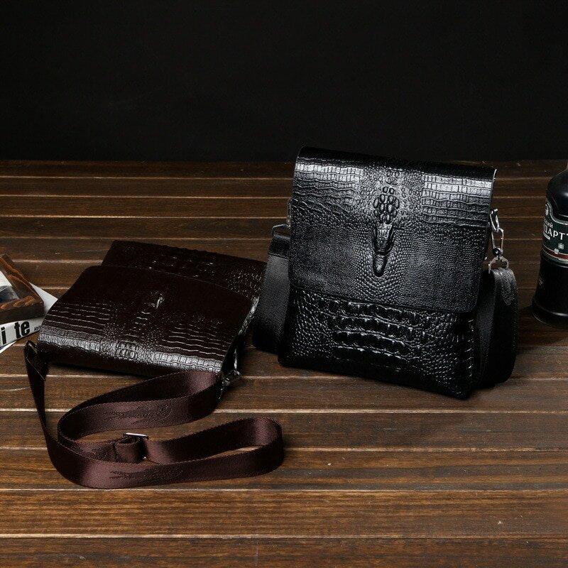 5dac50c025c7 Мужская сумка Alligator. Дорожная сумка | Купить со скидкой -50 ...