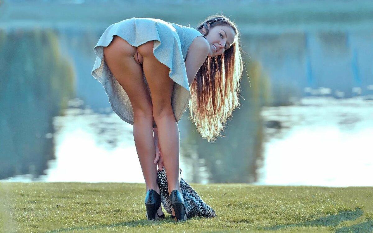 foto-golaya-naklonilas-onlayn-porno-kasting-vudmana-rossiya