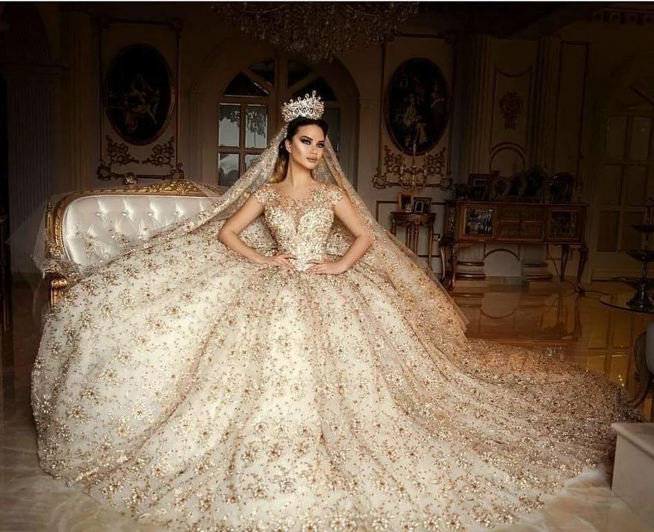 американская самые дорогие и красивые свадебные платья фото когда