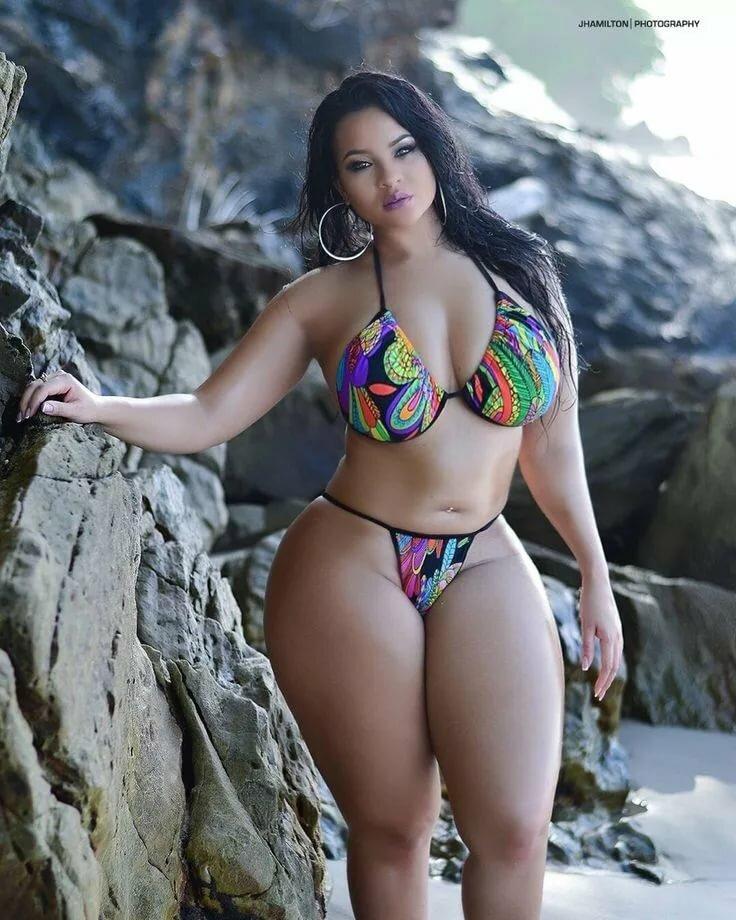 and-big-tits-latina-nude-women