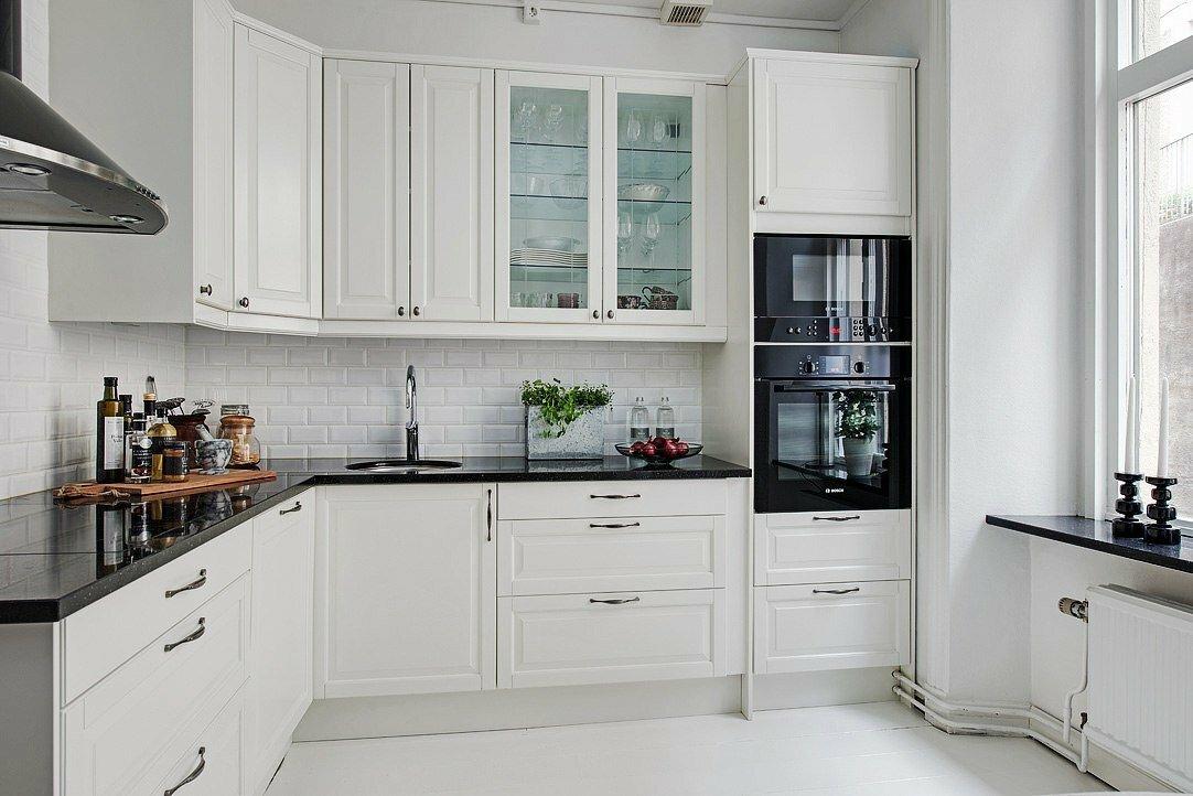 Фото натяжных потолков в гостиной кухне этот изгиб