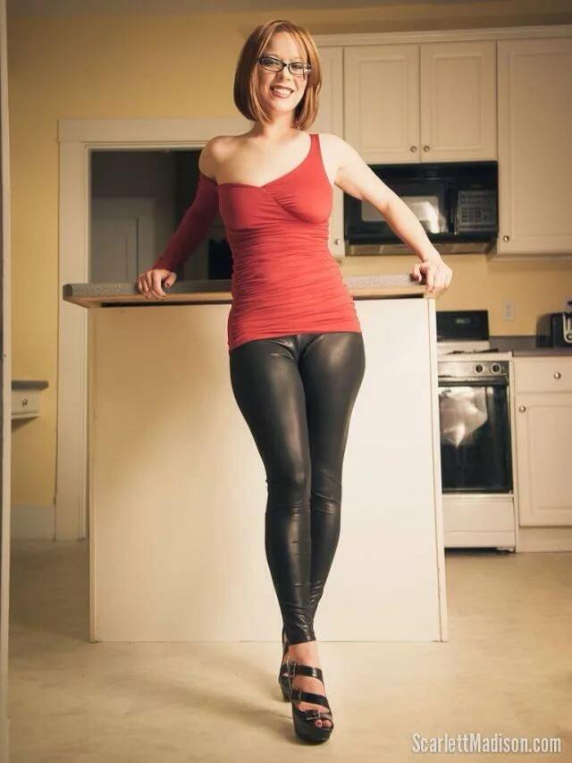 Фото домохозяек в леггинсах, порно россии молодежи