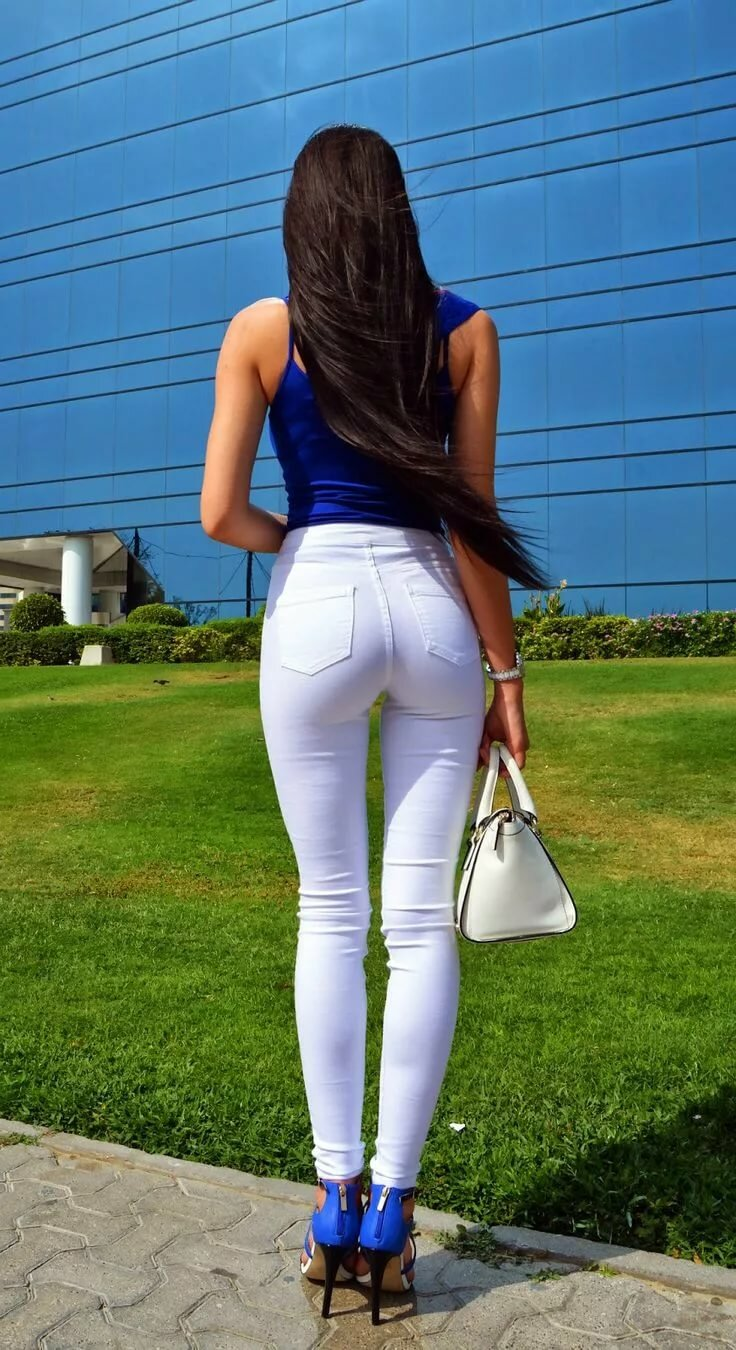 Hot girl in tight jeans, gif drunk milf