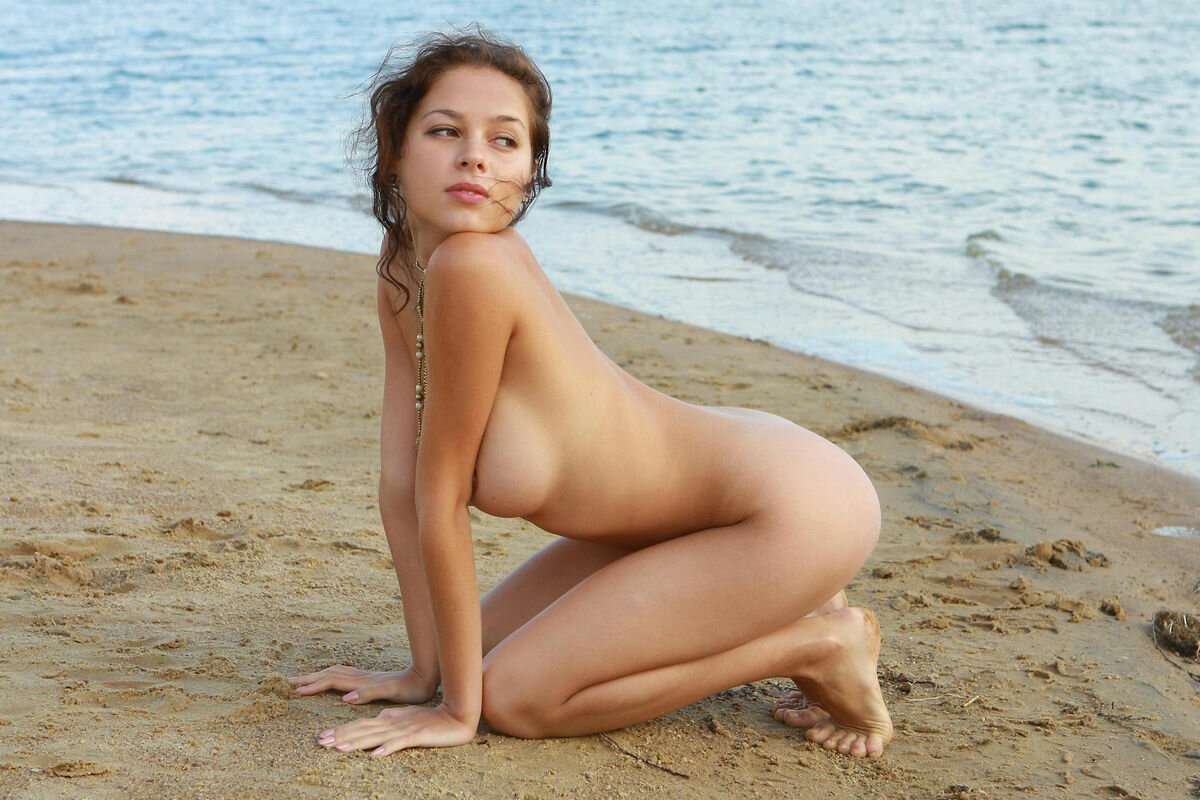 Indo russian hot nude girls — photo 4