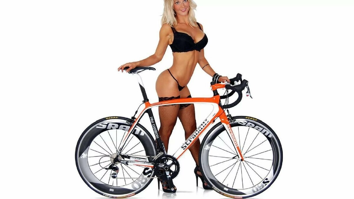 Sexy blond mountain bike — img 15