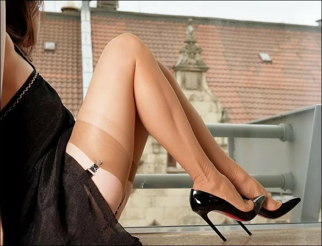 фото вазбуждаеший женские ножки прежде, чем