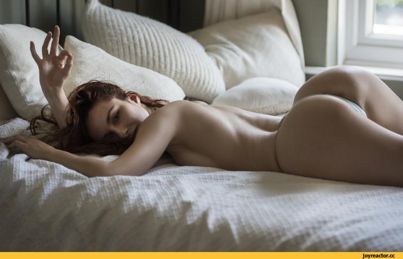 Girl Ass Bed 1