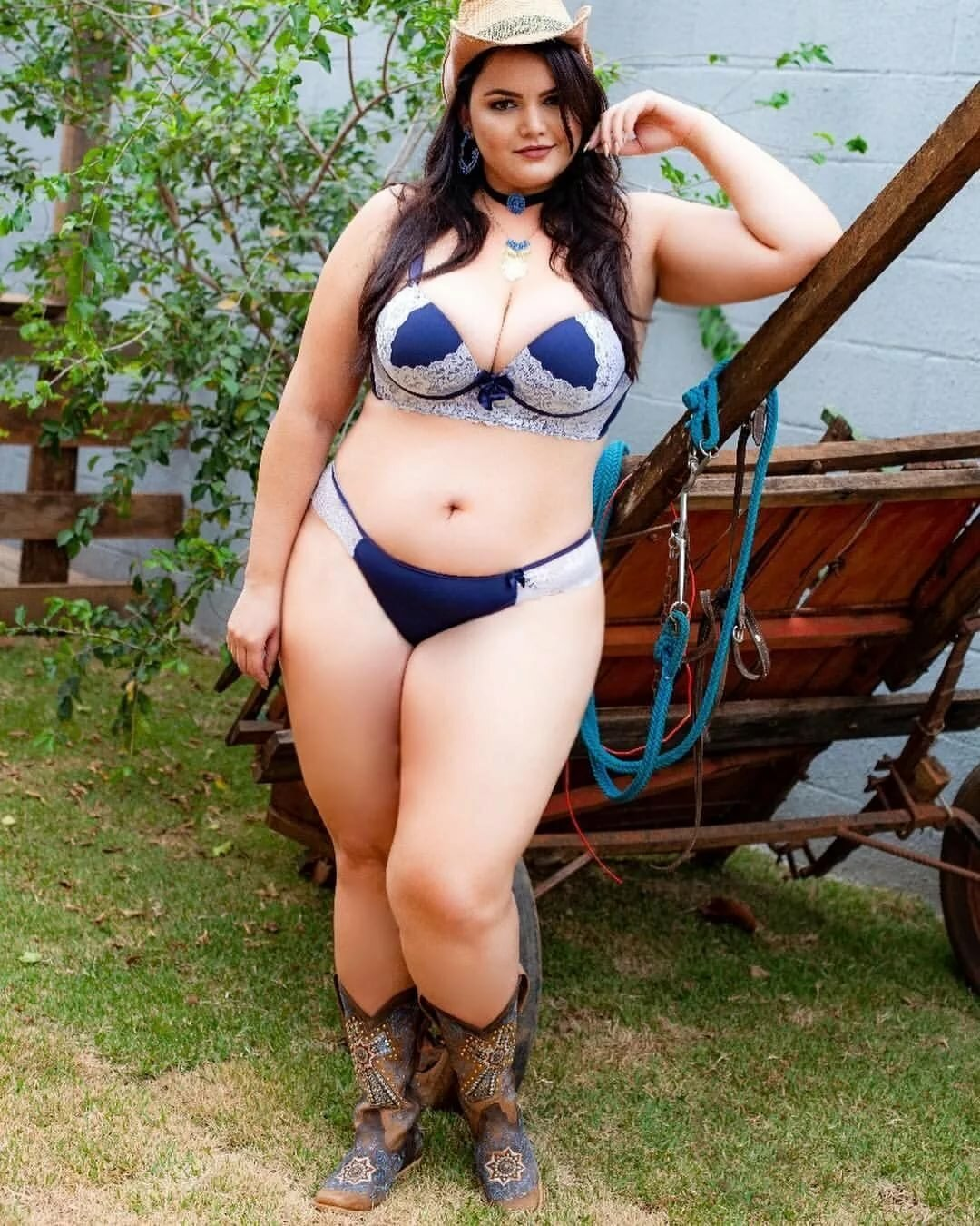 Fat mexican chicks, undressing the teacher porn