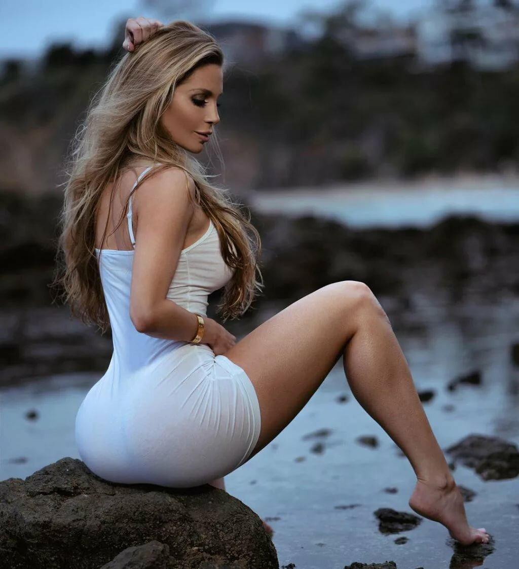 Фотосессии молодых девок с крупными формами, роскошные мамочки порно