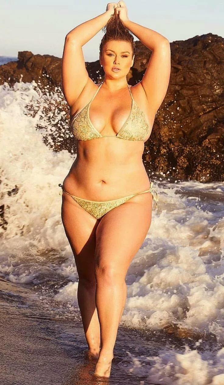 перекрёстке толстые девушки на пляже голых была готова подобному